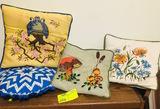 4 Vintage Pillows