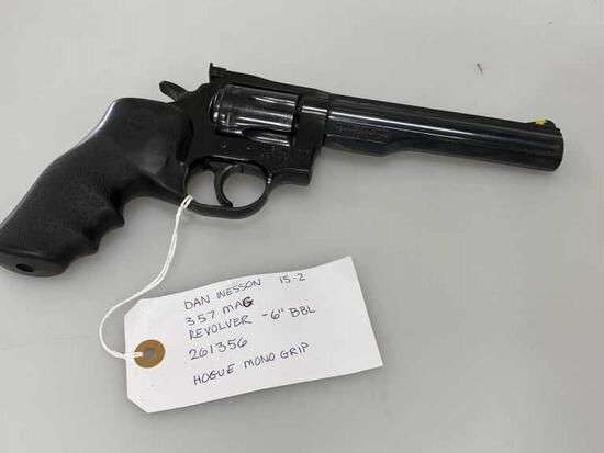 """Dan Wesson 15-2 357 Magnum Revolver 6"""" Hogue Grip"""