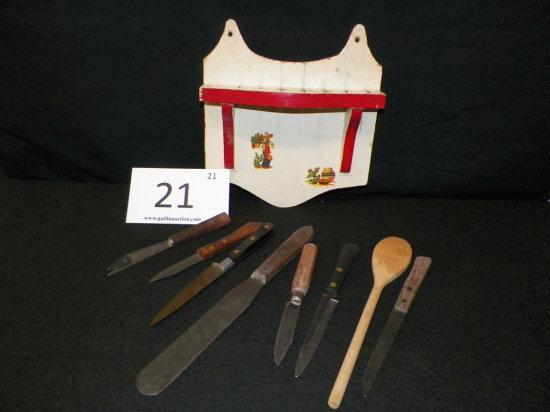 Primitive Wooden Knife Holder w/ utensils