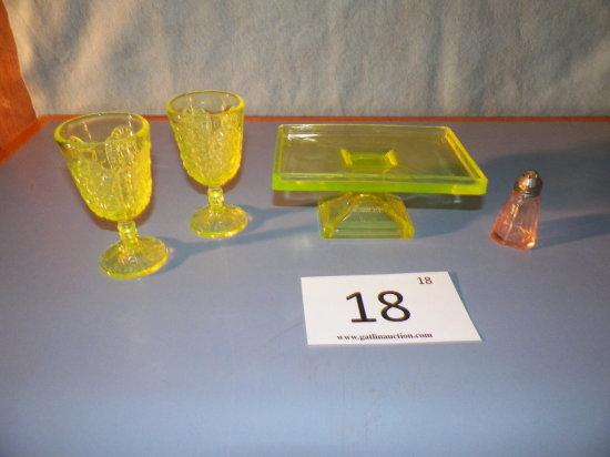 Clarks Teaberry Gum Display, Two Vaseline Glasses, Depression Glass Shaker