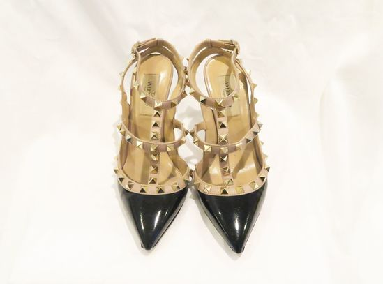 Valentino Black/Taupe Garavani Rockstud Leather Ankle Strap Pumps with box and original receipt (siz