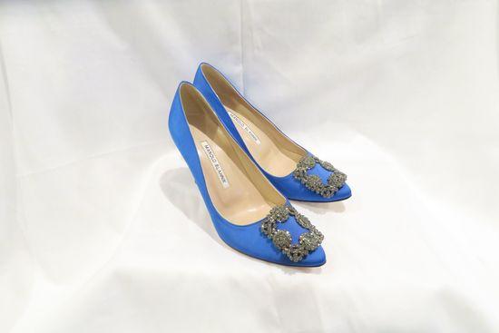 Manolo Blahnik Hangisi Blue Satin Jewel Buckle Pumps (size 35)
