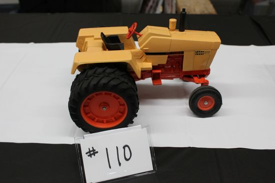 CASE 1070 AGRI KING 451 CUBES TRACTOR