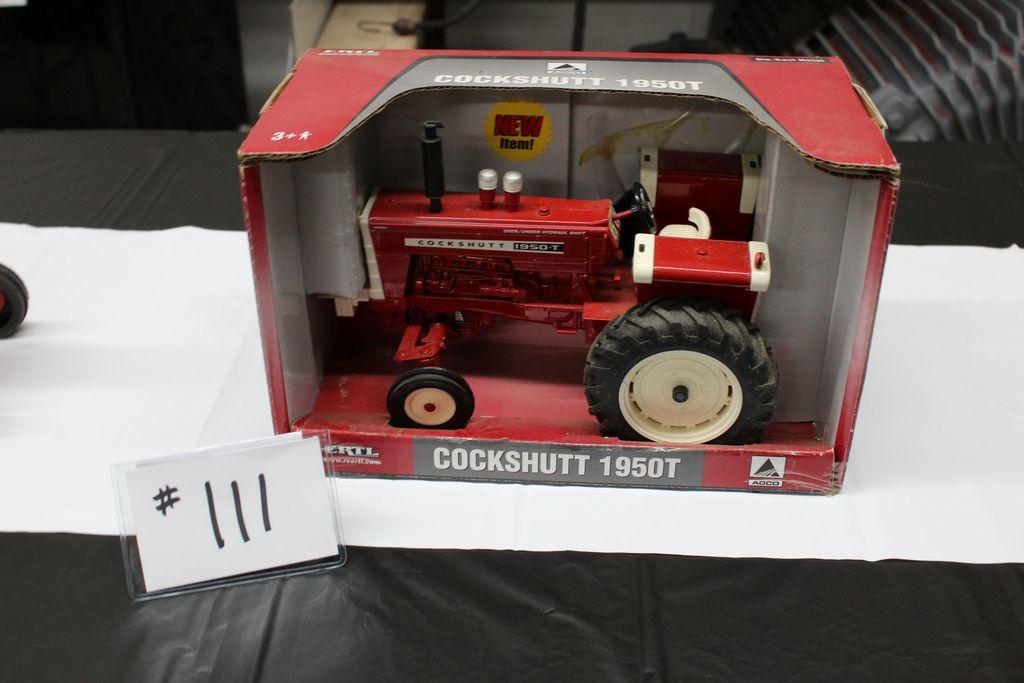COCKSHUTT 1950T TRACTOR (IN BOX)
