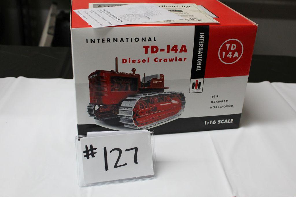 INTERNATIONAL TD-14A DIESEL CRAWLER (IN BOX)