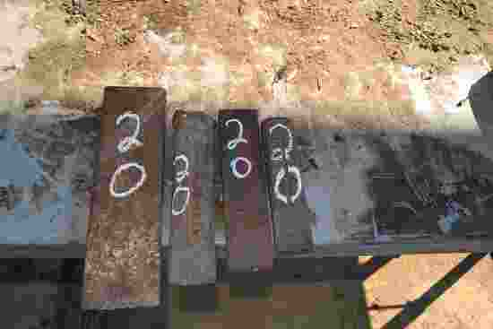 (4) STEEL WEDGES