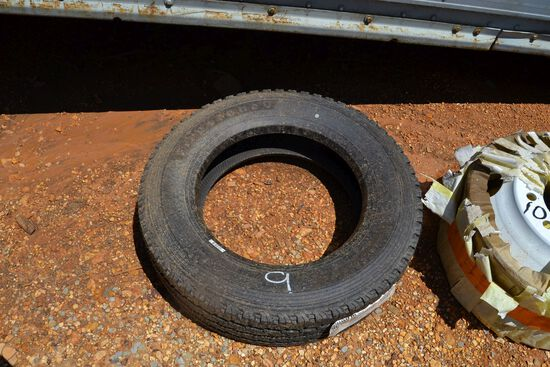 1- NEW 225-70R 19.5 TIRES