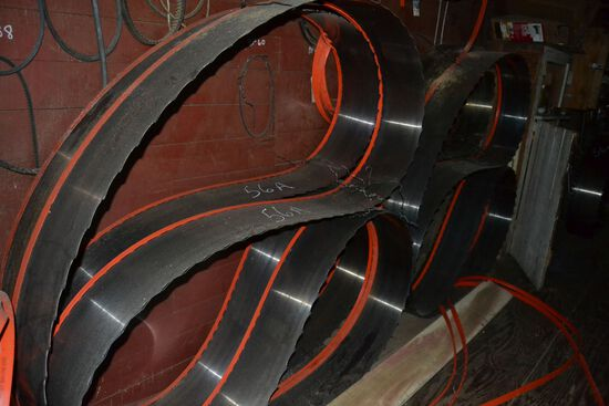 """10 SAWS FOR 6' BAND HEAD RIG 37'X6"""" LONG 11"""" WIDE 2"""" SPACING"""