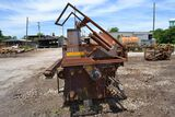 CORNELL MODEL 642 EDGER W/ 2 MOVABLE SAWS W/ INFEED ROLL CASE W/ BELT TAILING OUTFEED SN#873