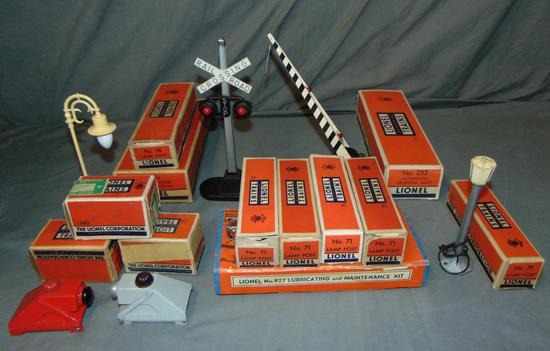 13 Lionel Accessories, Most Boxed