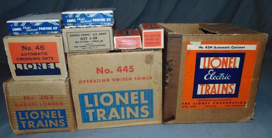 8 Boxed Lionel Accessories