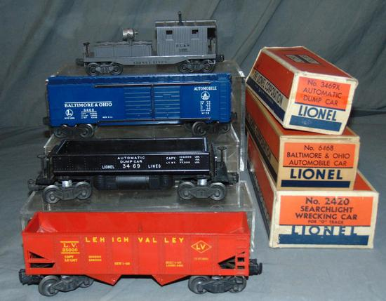 4 Nice Lionel Freight Cars, 3 Boxed