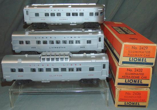 3 Clean Lionel Passenger Cars
