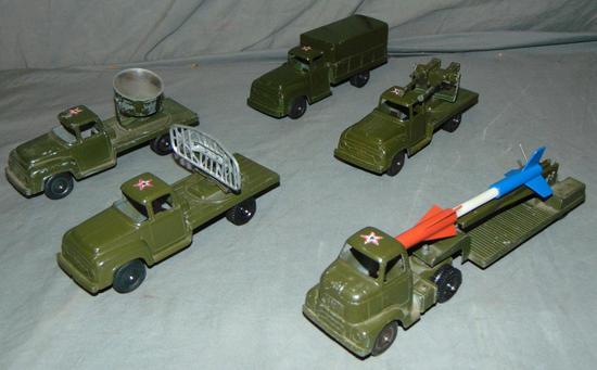5 TootsieToy Military Trucks, Star Cabs