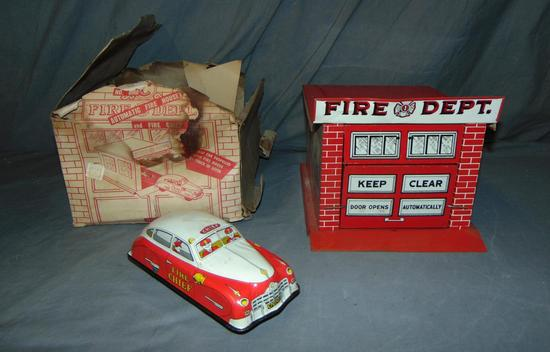 Boxed Marx 8960 Automatic Fire House