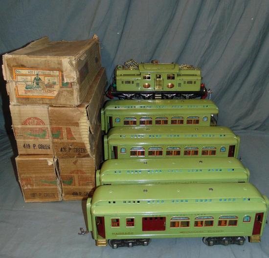 Clean Boxed Lionel 408E Passenger Set