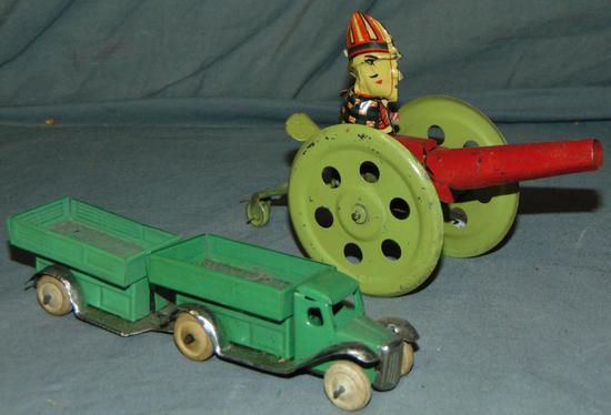 2Pc Tin Wind-up Vehicle Lot