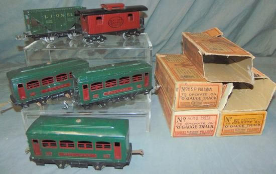 5 Boxed Early Lionel Cars