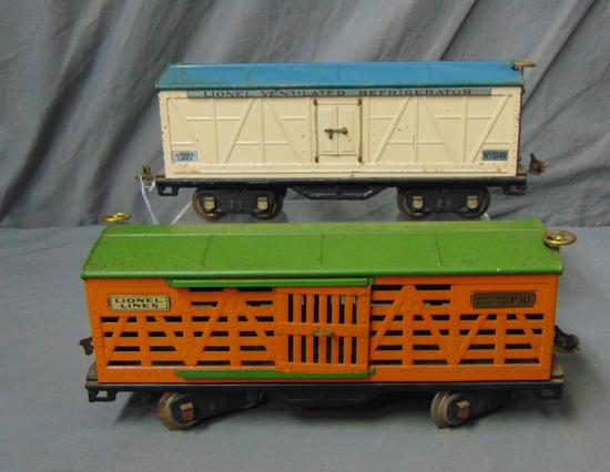 Lionel 513 & 514R Freight Cars