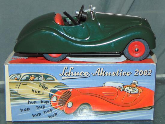 Boxed Schuco Akustico 2002