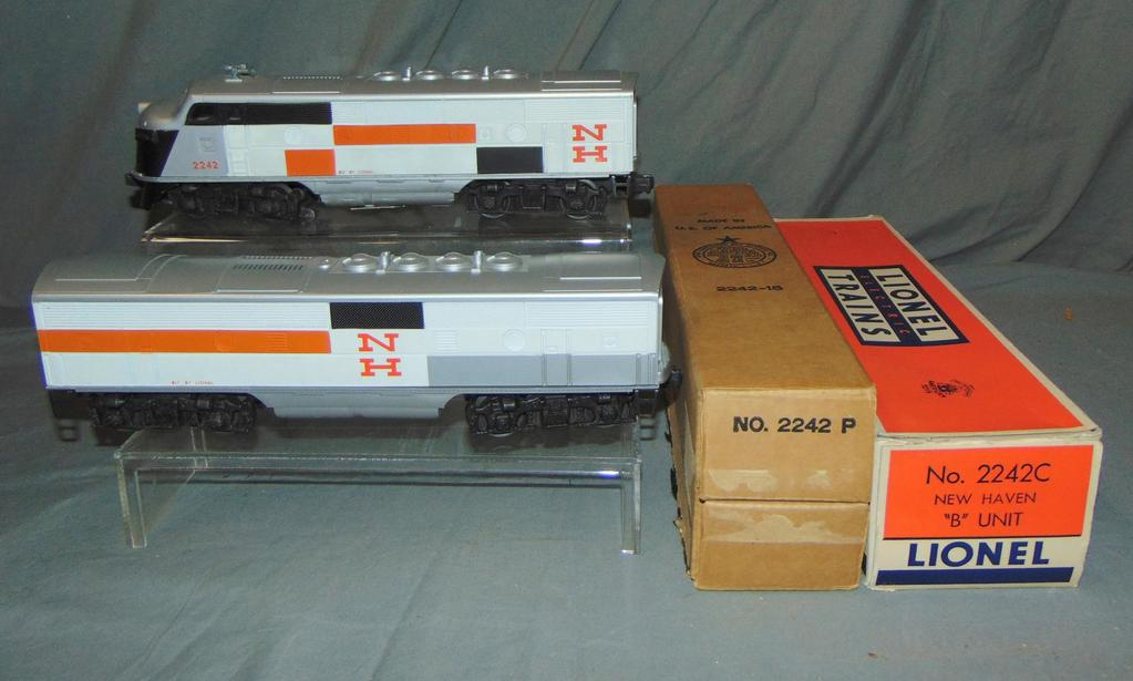 Super Boxed Lionel 2242 NH F3 AA Diesels