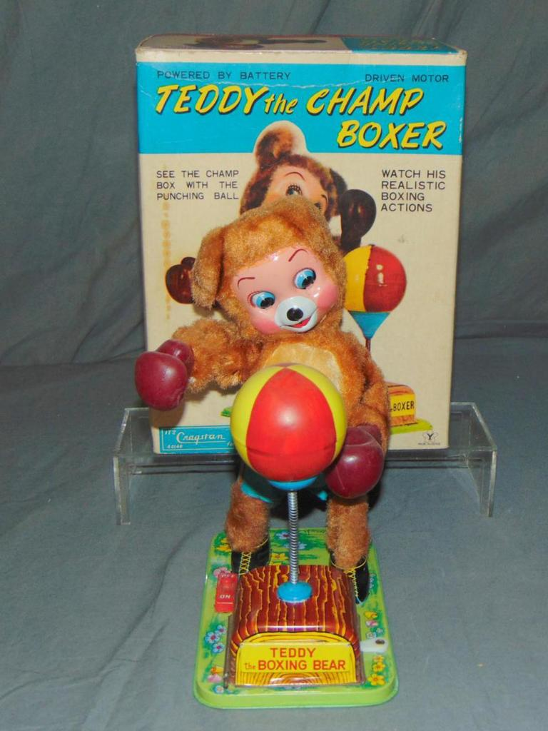Teddy The Champ Boxer. Battery Operated.