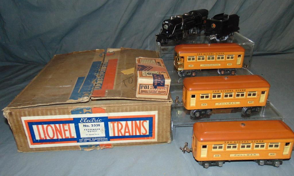 Nice Boxed Lionel Set 232E