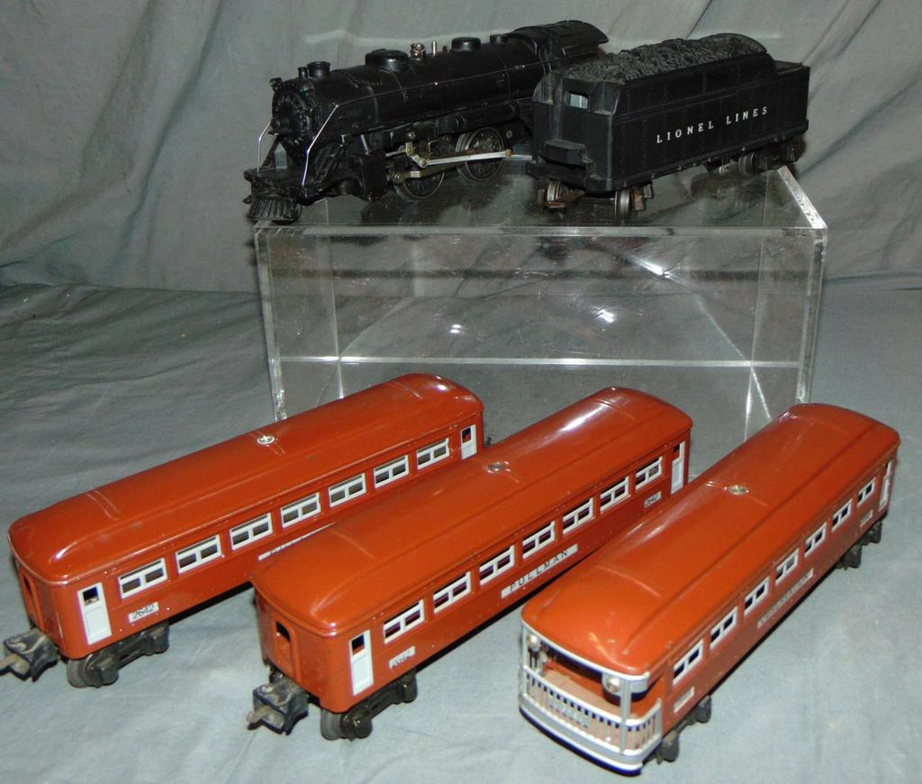 Clean 1942 Lionel 229 Passenger Set(254)