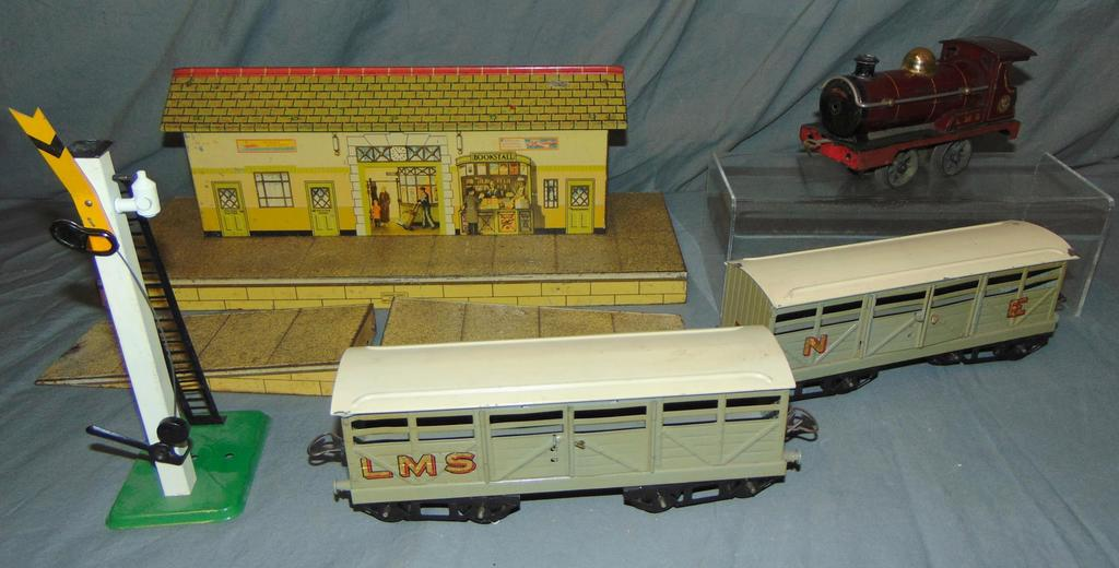 5Pc Hornby O Ga Train Lot