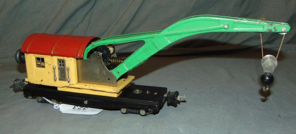 Clean Lionel 810 Crane