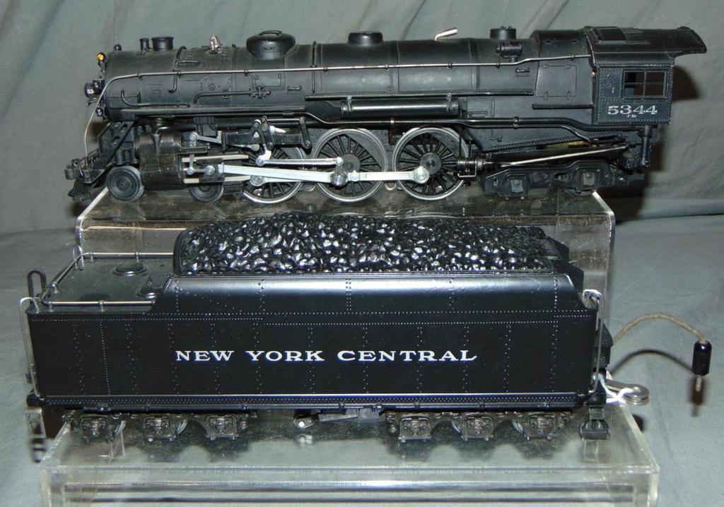 Lionel 700E Full-Scale Hudson