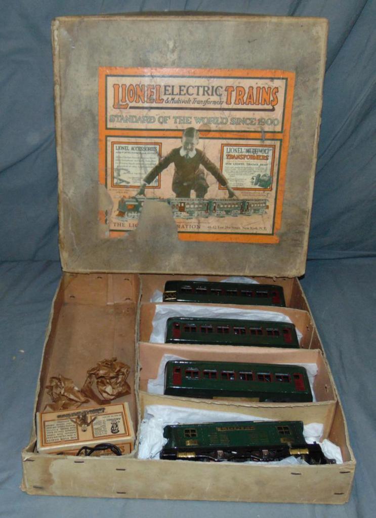 Nice Boxed Lionel Set 98
