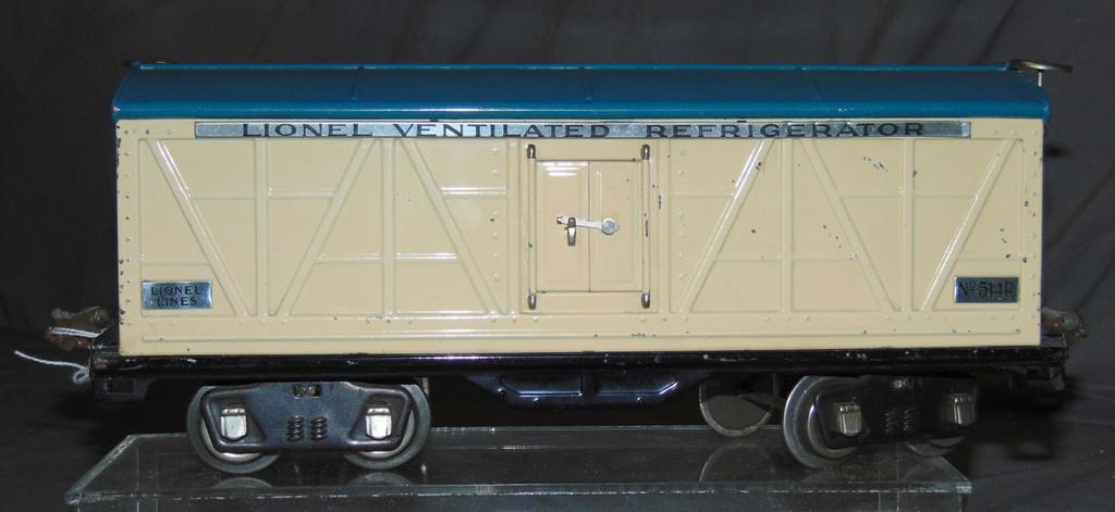 Clean Late Lionel 514R Reefer