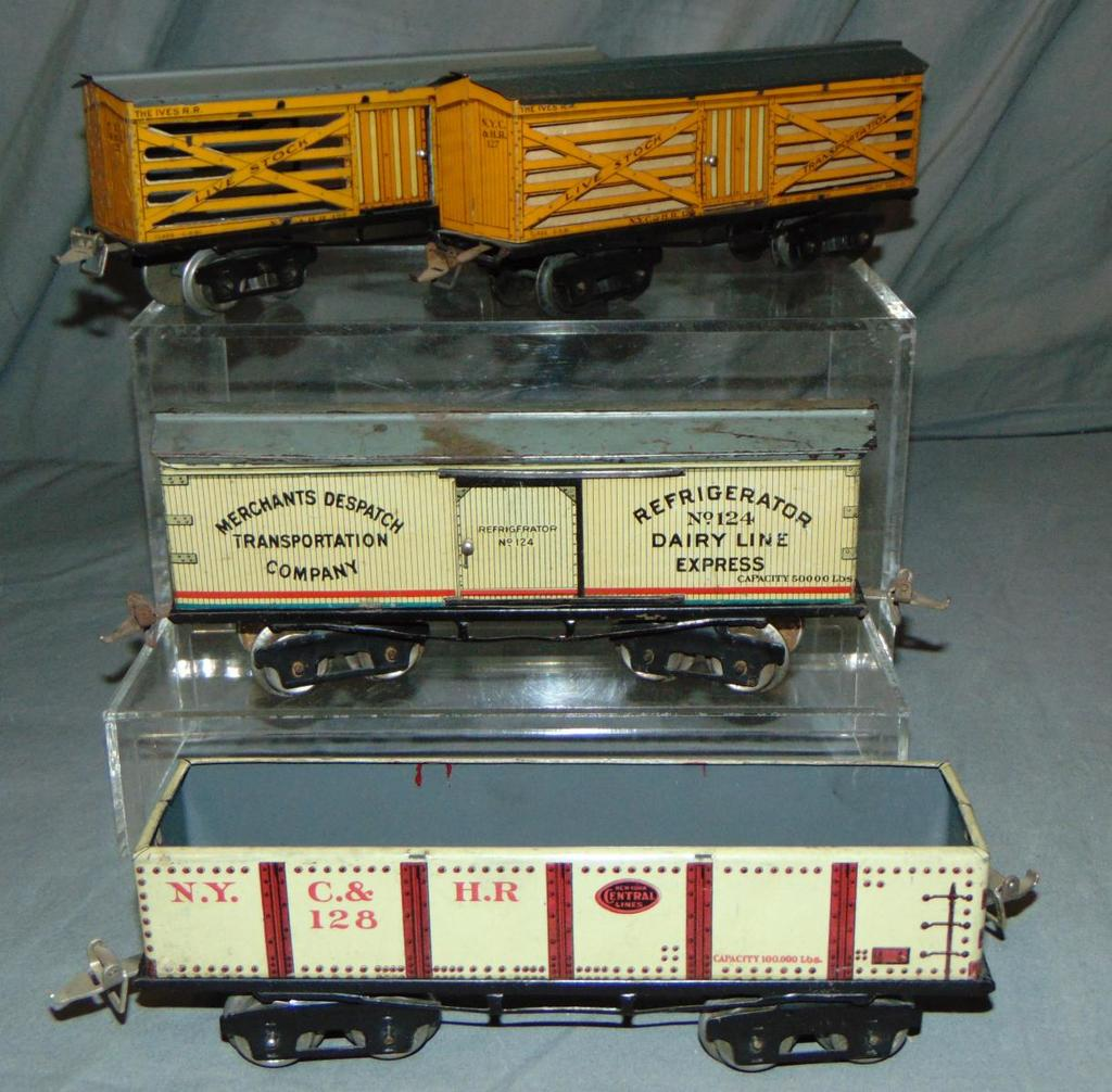 4 Clean Ives 9 Inch Freight Cars