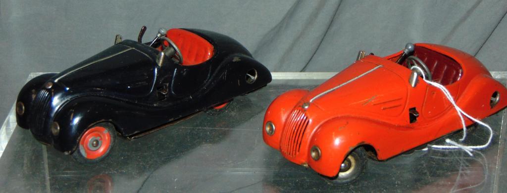 2 Schuco 4001 Examico Roadsters