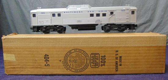 Clean Boxed Lionel 404 Budd Diesel