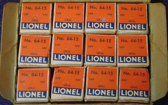 Scarce Lionel Dealer Box 64-15 Bulbs
