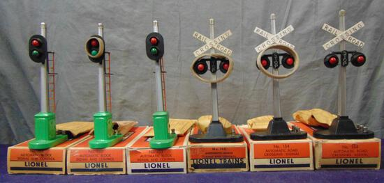 6 Boxed Lionel Signals