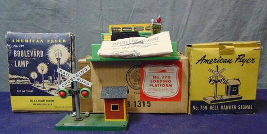 Boxed American Flyer 770, 749 & 759 Accessories