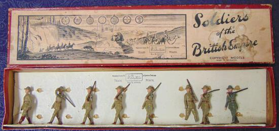 Britains #1544 Australian Infantry Slope Arms.