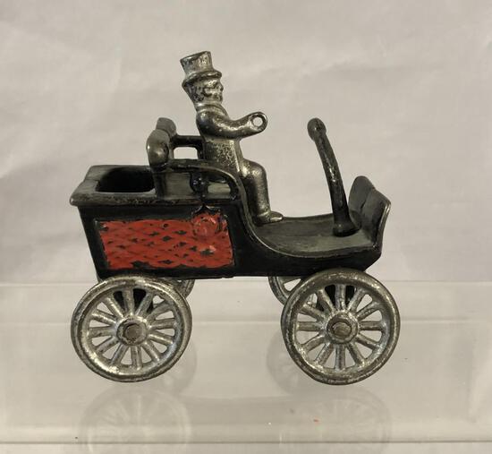 Nice Hubley Cast Iron Tiller Car