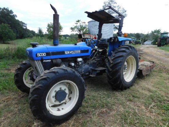 New Holland 5030 Tractor, 4WD, Roll Bar, Single Remote, 339Hrs, S/N 0753315