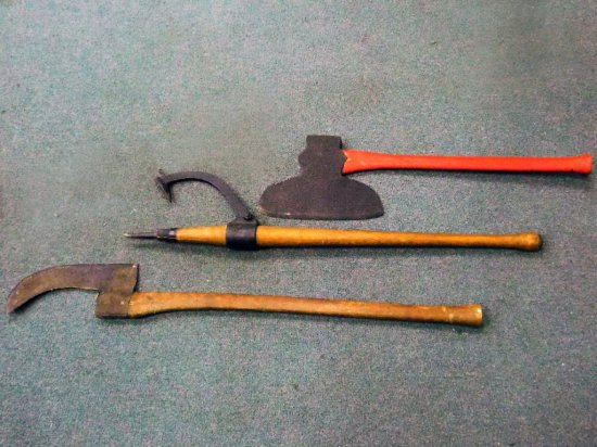 Brush Axe, Axe Log Turner