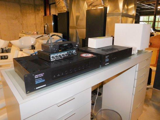 Audio Control Architect Model 110 Amplifier,