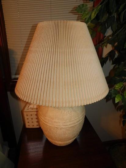 (2) Decorative Table Lamps