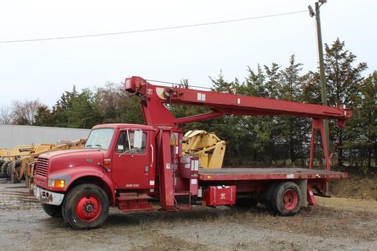 1998 International 4700 Boom Truck