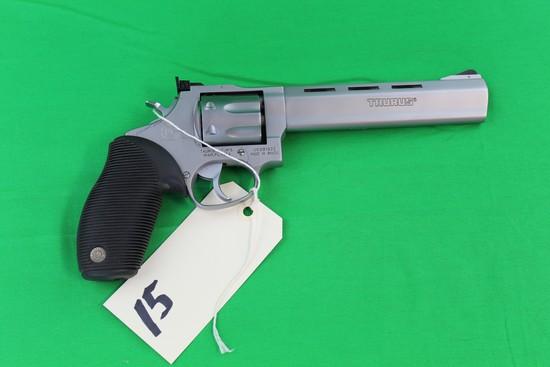 Taurus Tracker 17 HMR Revolver, s/n VK991925