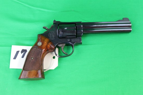 Smith & Wesson .357 Magnum Revolver, Model 586, s/n AAA6659
