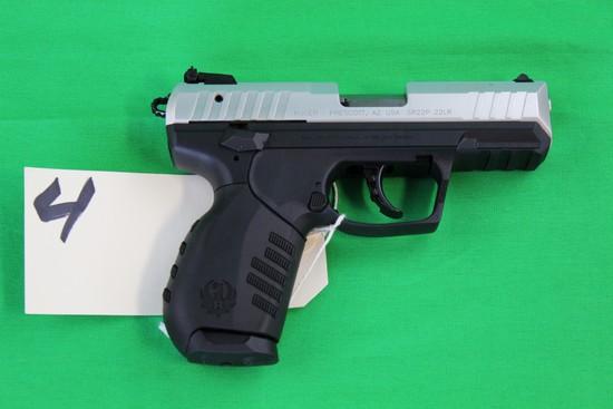 Ruger SR22 Automatic 3R22P-.22lr s/n 361-68455