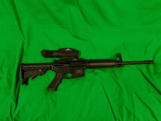 Smith & Wesson M&P 15  Semi-Automatic Rifle, .223/5.56 x 45mm w/ F1IR Therm